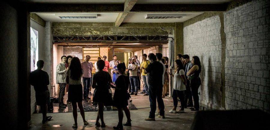 """O começo. Foto tirada do site do Coletivo Alimentar  mostra a """"construção"""""""