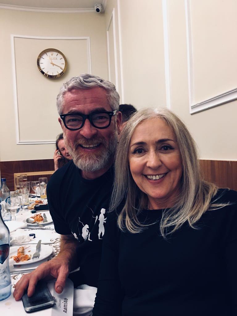 Alex Atala e eu no jantar para palestrantes e jornalistas no famoso restaurante de frutos do mar Ramiro antes do Symposium Sangue na Guelra 2018