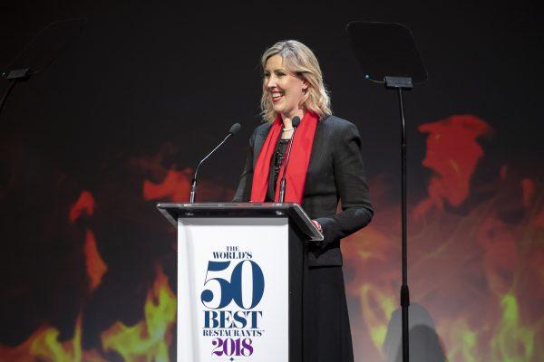 """Simpatia e discurso impactante da """"melhor chef mulher"""" Clare Smyth"""